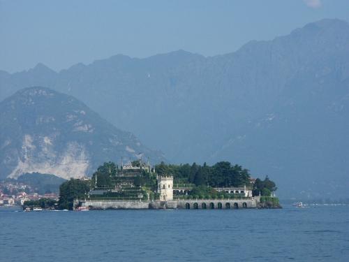 Lake Maggiore, 2004