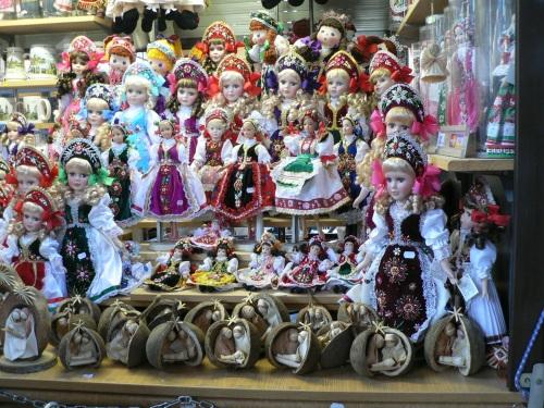 Central market: souvenirs