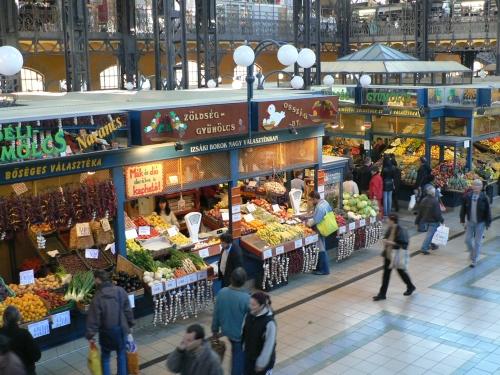 Central market: food stalls