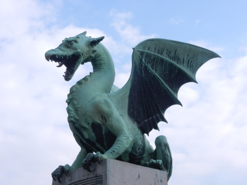 Dragon on the Dragon Bridge